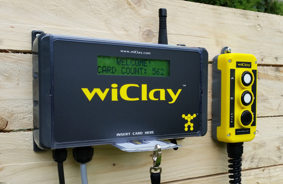 Heavy duty release button. wiClay Sporting Two, Sporting 2x2 and Super Sporting clay trap radio controller and target counter systems